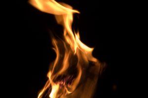 855301_flames.jpg